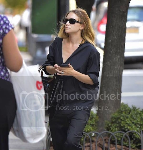 Olsens Anonymous: Ashley Olsen Wears Bright Espadrilles In NYC
