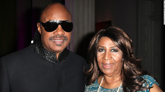 Stevie Wonder visits with ill Aretha Franklin - CNN