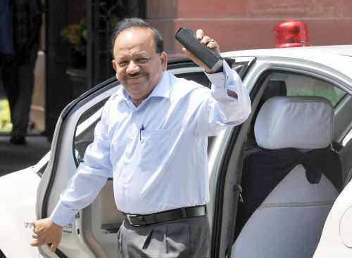 Sex education in schools should be banned, Union health minister Harsh Vardhan says - The Times of India