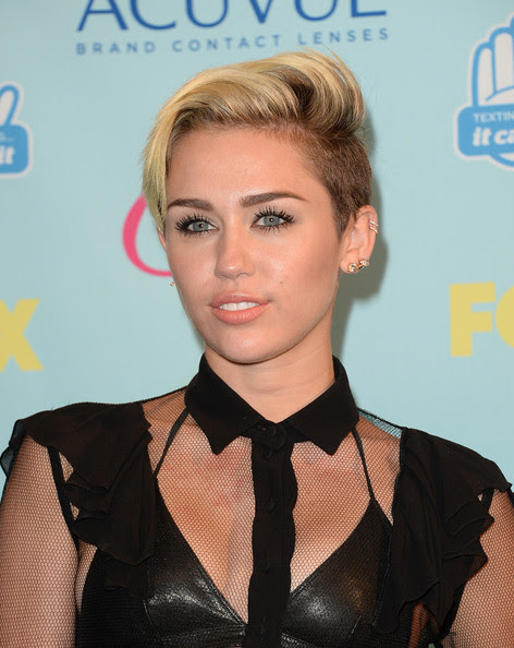 Miley Cyrus - Press Room at the Teen Choice Awards