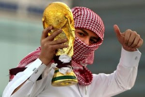 Κατάρ: Η περίεργη «δημοκρατία», μπάλα και Ελληνικό!