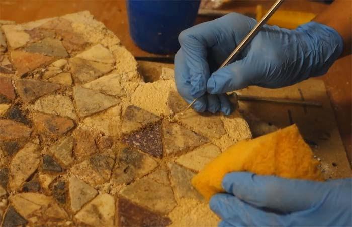 Άρτα: Η συντήρηση του Μαρμαροθετήματος δαπέδου από τη μονή Παντάνασσας