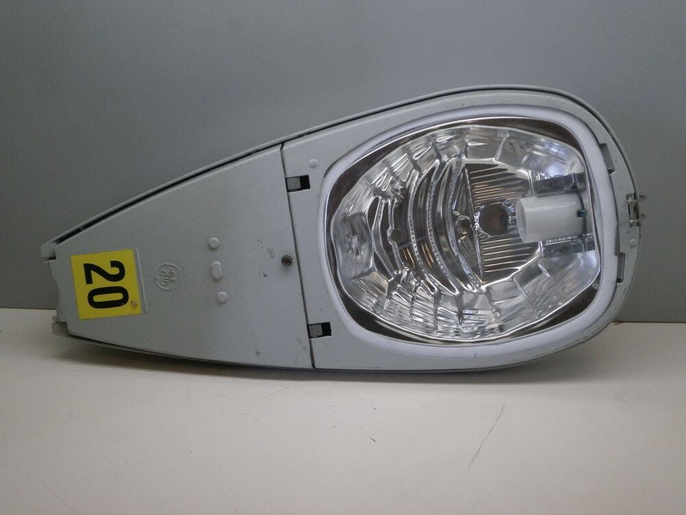 GE M2AC 200W HPS Street Roadway Light Fixture Luminaire Cutoff Optics 240Volt  eBay