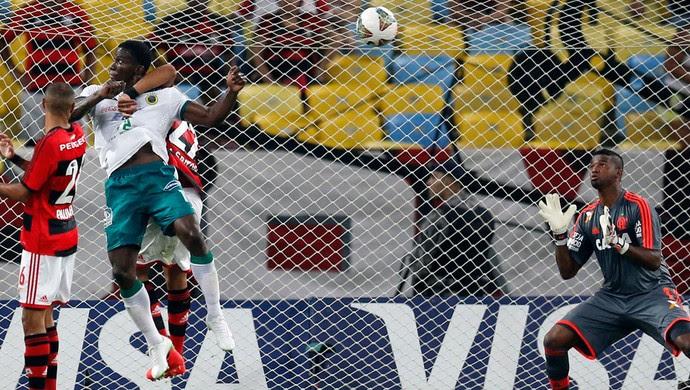 Arizala Flamengo x León (Foto: Reuters)