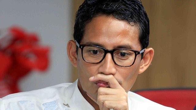 Berkunjung ke Kota Tua, Sandiaga Uno Sedih Dicuekin PKL