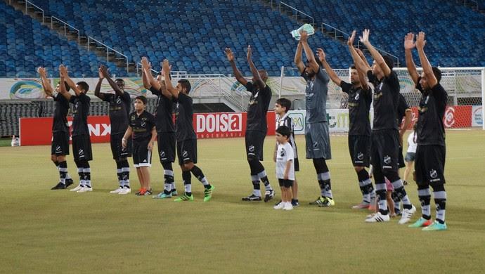 Jogadores do ABC - América-RN x ABC  (Foto: Augusto Gomes/GloboEsporte.com)