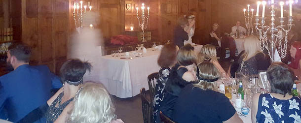 Fotografía muestra una presencia fantasmal en un antiguo hotel de Gales