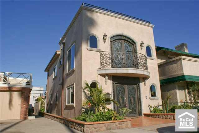 Real Homes of Genius – Seal Beach home from a price listing of
