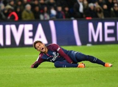 Neymar fará cirurgia no Brasil ainda esta semana