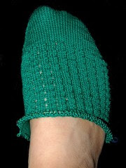 knitting mayan green socks/ maybe tights