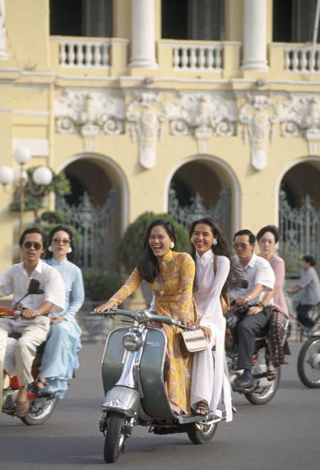 Image result for con gái sài gòn xưa