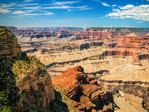 2. Le Grand Canyon du Colorado, aux États-Unis