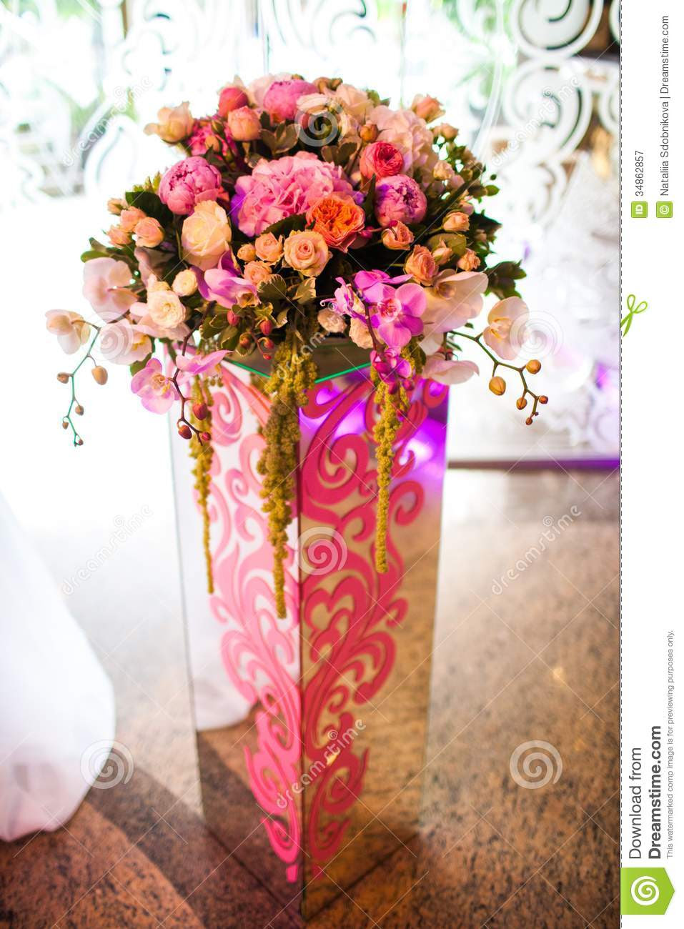 royalty free stock photography flowers vase as decoration banquet hall image