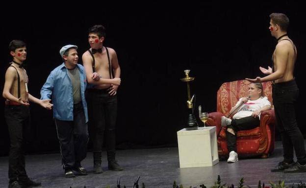 Actuación de 'Los siervos de Alba'. /Eduardo Nieto