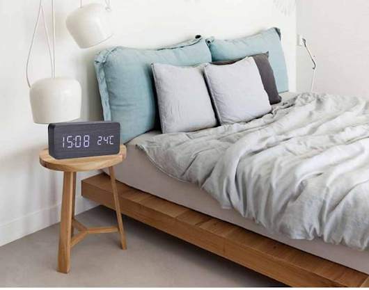 Electronic Wooden Alarm Clock with Sound Control and Shows Temperature