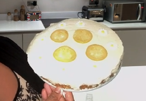 Alison Hammond's lemon cheesecake made using a recipe by ...