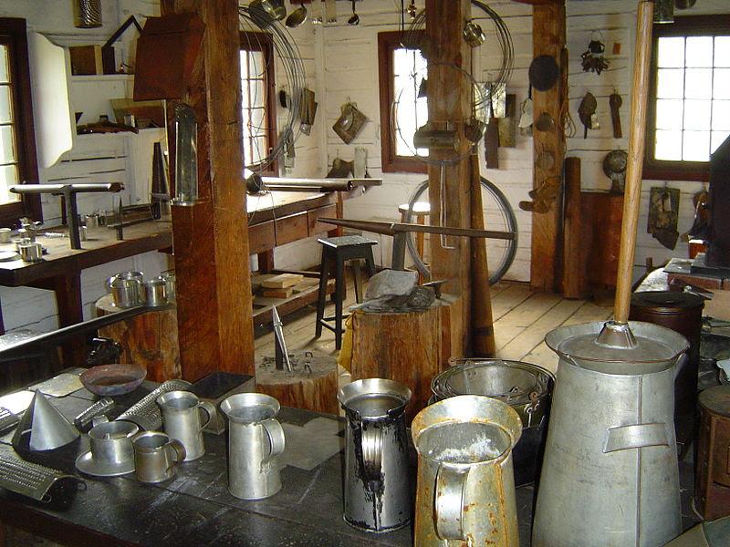 File:Tinsmith's Shop interior.JPG