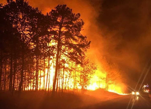 'Worst possible conditions': Residents flee Gatlinburg, Tenn., as flames engulf popular resort town