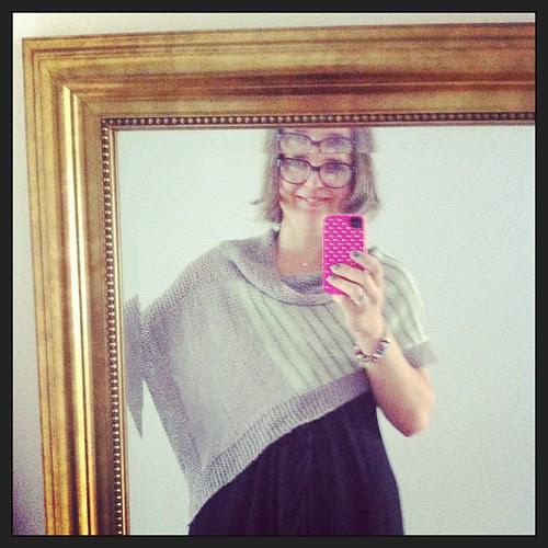 So in love with Effetto Giocoso:) I'm planning to knit a new one:) Totalmente innamorata di Effetto Giocoso:) Pianificando di realizzarne un altro :)
