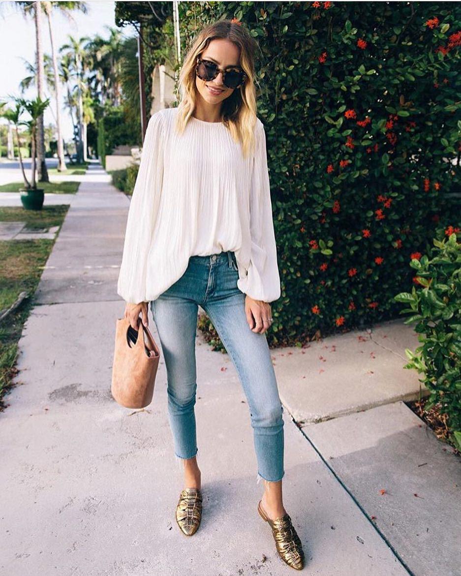 summer smartcasual outfit white linen blouse blue jeans