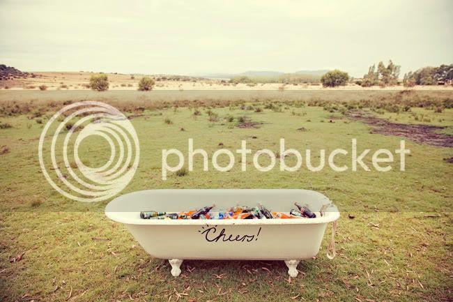 http://i892.photobucket.com/albums/ac125/lovemademedoit/WE_freestatefarmwedding_020-1.jpg?t=1308671087