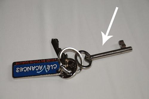 room key_9647 web