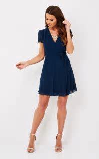 Short Sleeve Navy V Neck Dress   Glamorous   SilkFred