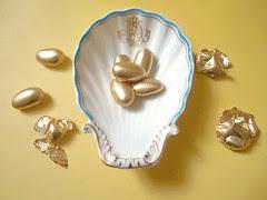 dragées douradas