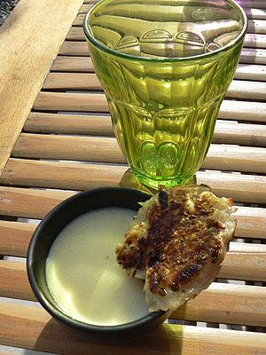 galettes de manioc et tofu soyeux anans et curry.jpg