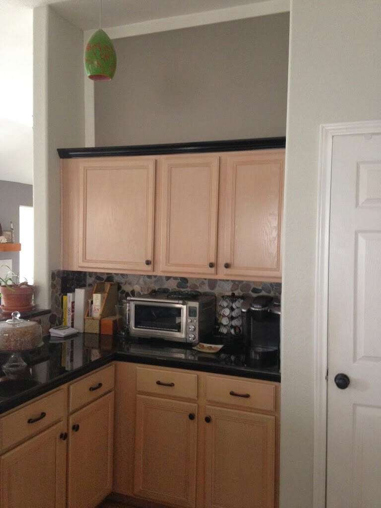 Mauve Schmauve - Reducing the Pink of Pickled Oak Cabinets ...