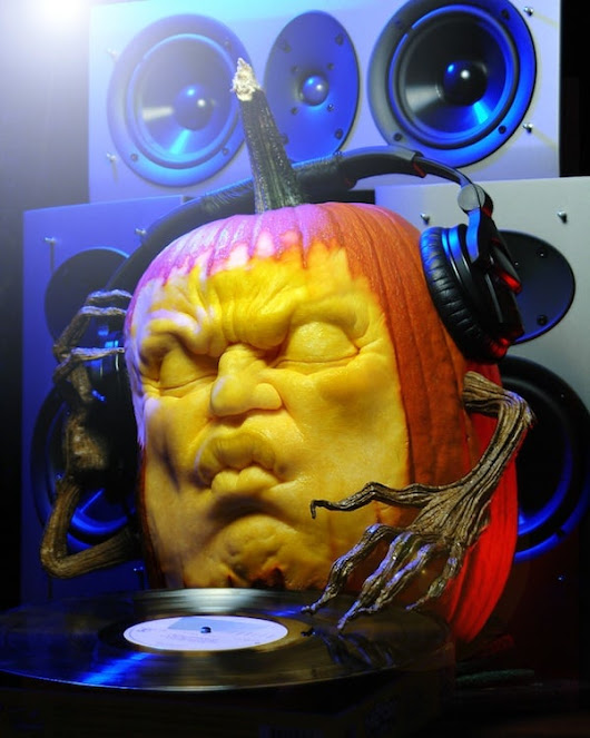 10 Must Play Halloween EDM Tracks