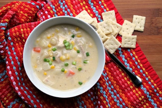 Creamy Chicken Soup quick and easy - Foody Schmoody Blog