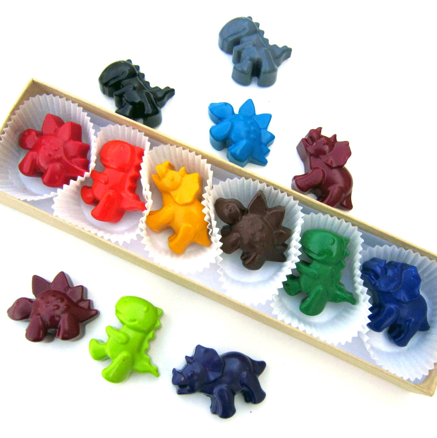 Kids' DINOSAUR CRAYONS - Coloring Party Favors - Set of Six (6) - Eco-Friendly Toys in Assorted Colors - Free Gift Box