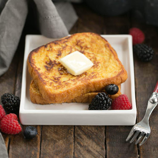 Grand Marnier French Toast #BrunchWeek - That Skinny Chick Can Bake