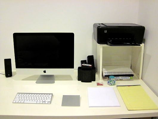 How to Keep Your Office Table Clean and Neat
