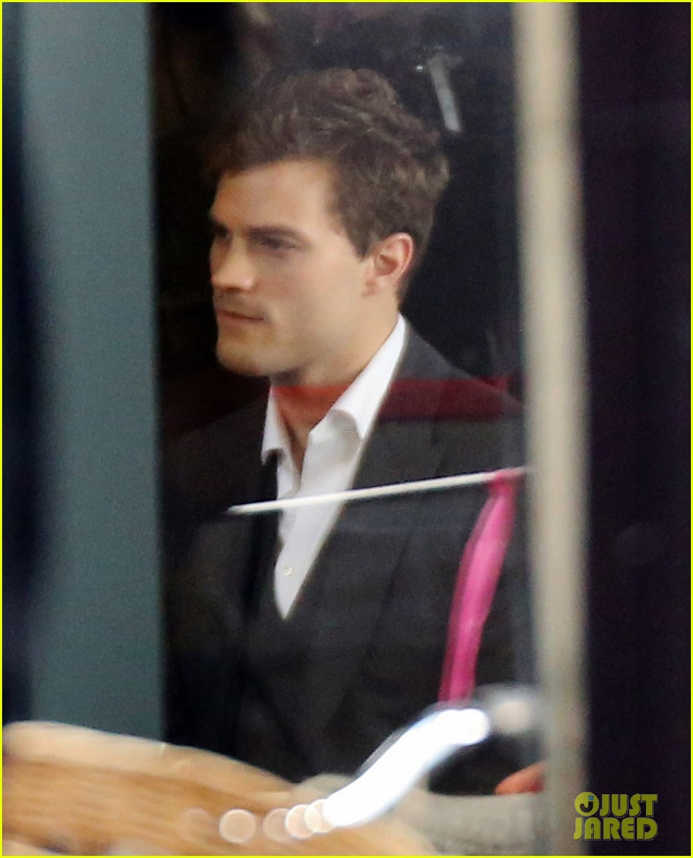 jamie dornan filming fifty shades of grey first photos on set 16