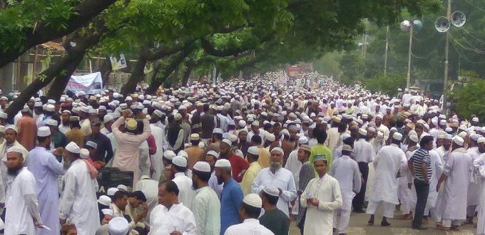 100.000 musulmanes se manifiestan contra el terrorismo