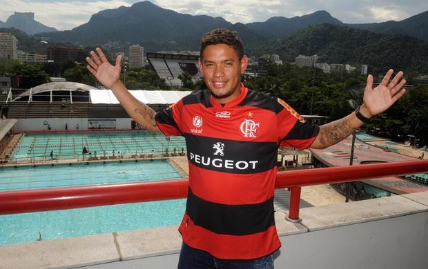Carlos Eduardo Flamengo (Foto: Alexandre Vidal / Fla imagem)