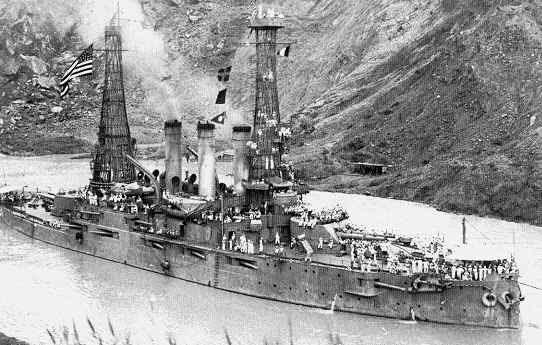 Panama Canal Construction Historic Photo - Cucaracha Slide 1915
