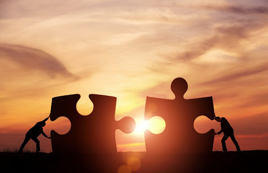Strengthening Business Relationships: 4 Pillars to Success | Centage