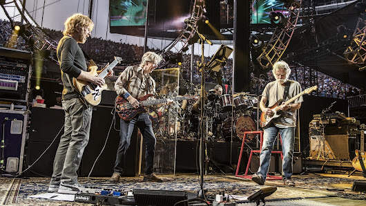 First Listen: The Grateful Dead, 'Fare Thee Well'
