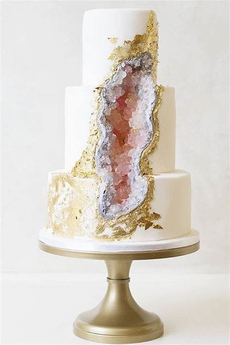 17 Best ideas about Big Wedding Cakes on Pinterest   White