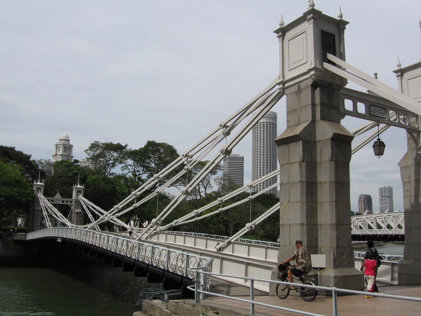 Cavenagh Bridge Singapore Location Map,Location Map of Cavenagh Bridge Singapore,Cavenagh Bridge Singapore Accommodation Destinations Attractions Hotels Map Photos Pictures