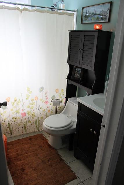 bathroom 001