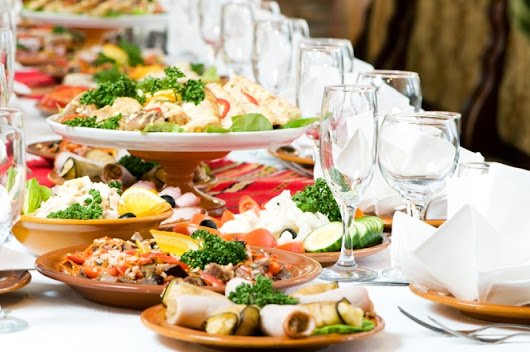 Luscious Food for your wedding by Royal king caterer - Best Caterer in Lucknow | Event & Wedding Planner in Lucknow - Edavio