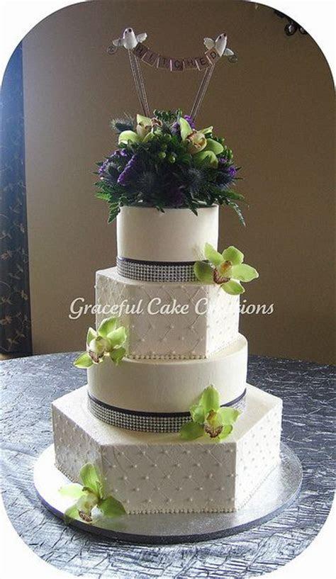 Best 25  Hexagon wedding cake ideas on Pinterest