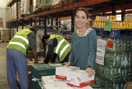 Mònica Montseny, una de las voluntarias del Banc dels Aliments que participará en la campaña de recogida de alimentos básicos.