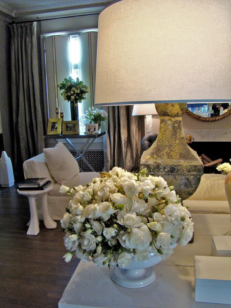 DSC05731 SF Decorator Showcase white roses