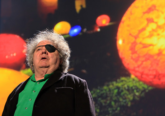 Dale Chihuly: The Master of Fine Art Glass - ArtandDesigninspiration