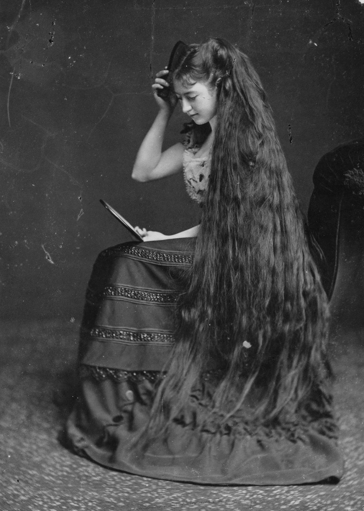 As mulheres vitorianas que nunca cortavam o cabelo 01